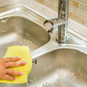 how to clean sinks drains